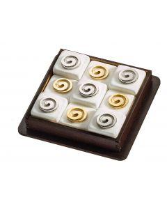 Τρίλιζα με εννέα μάρμάρινα κυβάκια διακοσμήμενα με επίχρυσα & νίκελ στοιχεία μέσα σε ξύλινη θήκη με θέμα την Αρχαία Σπείρα- 400gr ΤΡ1963 - 10*10*3